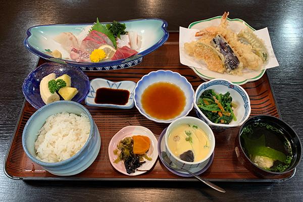 和食のしげちゃん 柳川駅前